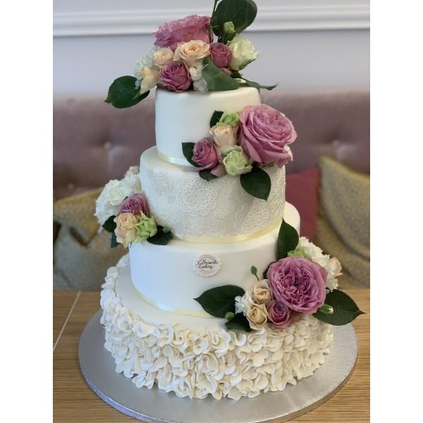 Сватбена торта - 11   Сватбени торти   Консултация и Дегустация